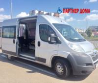 Микроавтобус серый